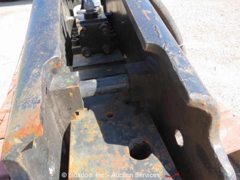 2013 Okada Okb304b Hydraulic Hammer Backhoe Mini Excavator