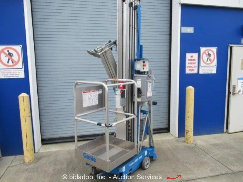 Genie AWP-36S Super Series Aerial Work Platform Portable Electric Lift bidadoo