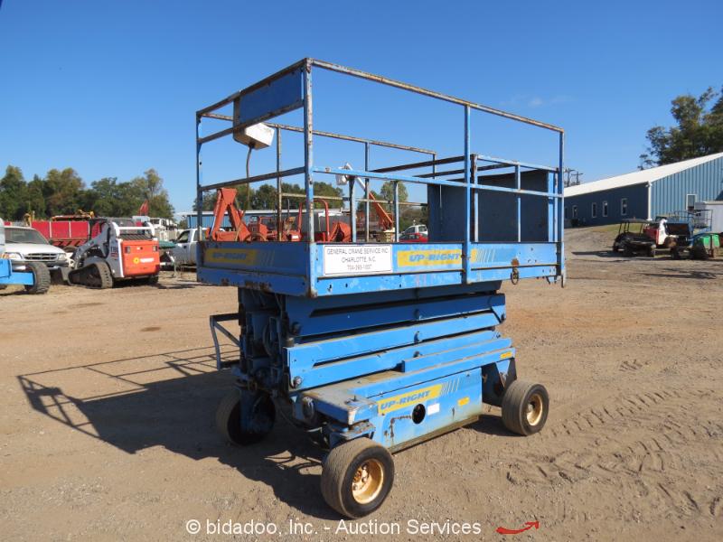 UpRight XL-24 24\' Electric Scissor Lift Man Aerial Platform Deck ...