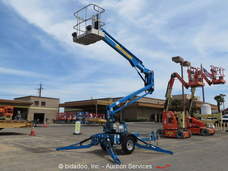 2013 Genie TZ-34/20 Articulated 34' Electric Towable Boom Lift Manlift Trailer
