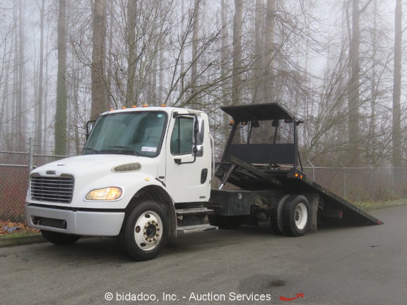2006 Freightliner M2-106 Rollback Flatbed Tow Truck 19' S/A Mercedes-Benz Diesel