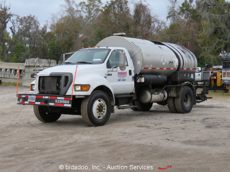 2005 Ford F750 Asphalt Distributor Truck 2000 Gallon Etnyre Tack Sprayer bidadoo