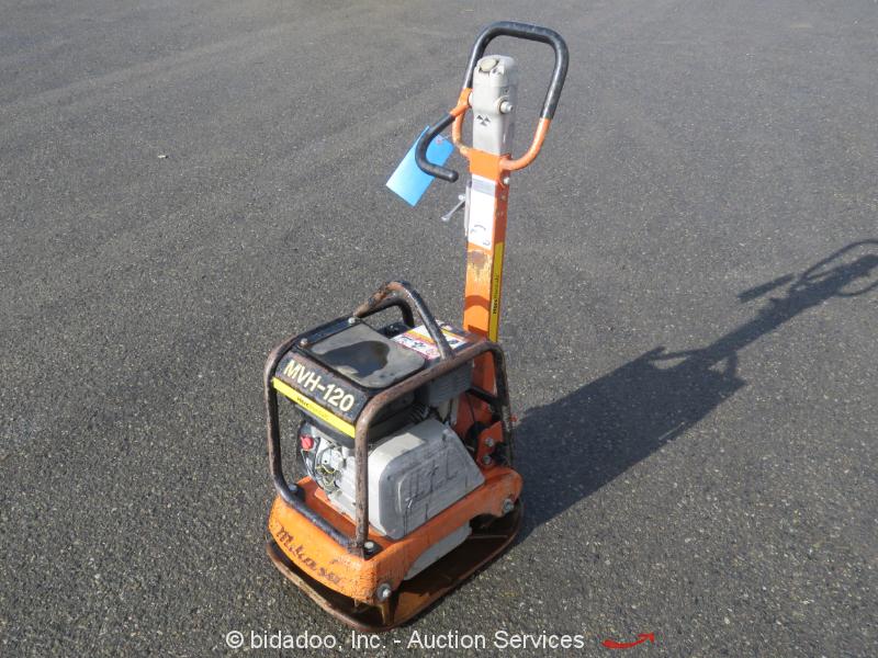 "2014 Multiquip MVH-120VGH Walk-Behind Reversible Plate Compactor 23"" Honda"