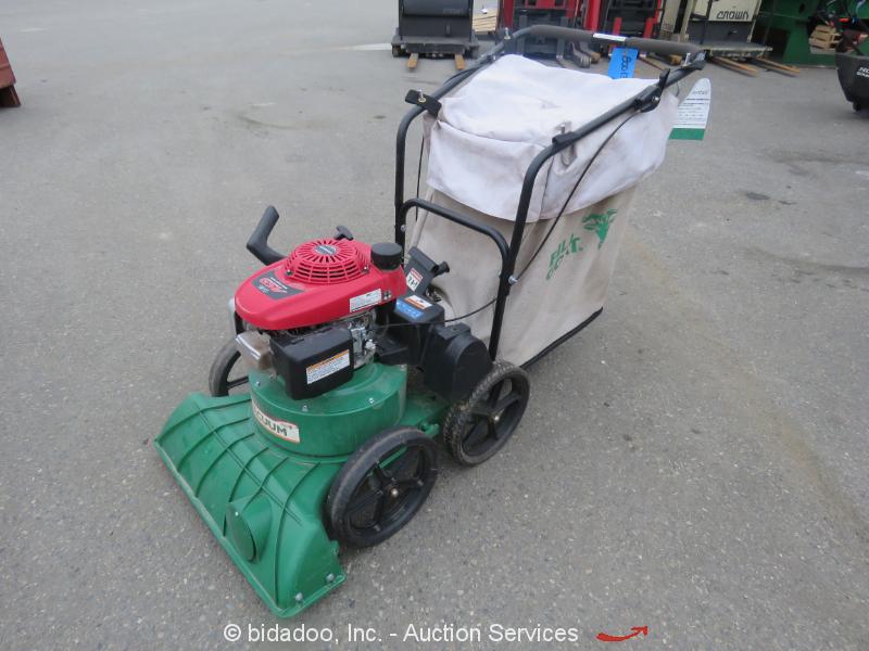 2015 Billy Goat TKV650SPH Self-Propelled Outdoor Lawn & Litter Vacuum Honda Gas