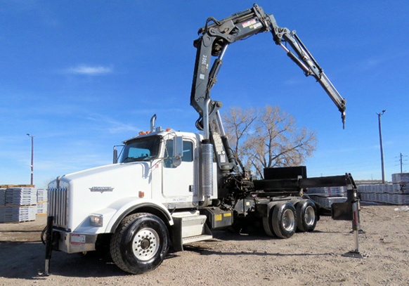 Buy equipment - such as this 2005 Kenworth T800 Boom Crane Truck with bidadoo